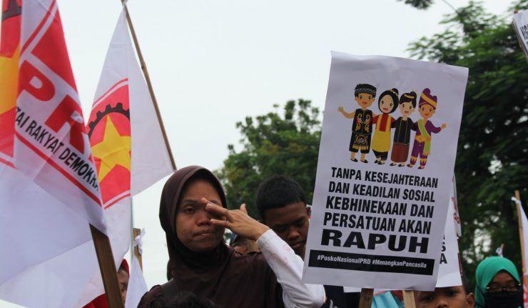 Poster Kebhinekaan Terhebat Bhineka Tunggal Ika Dalam Cengkeraman