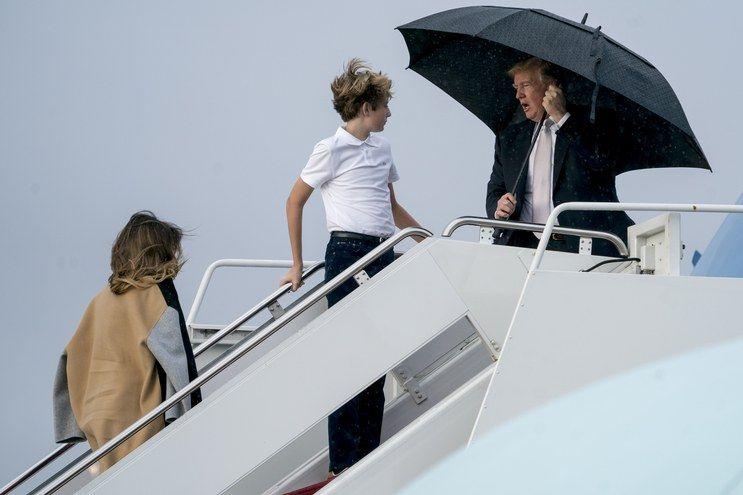 Contoh Teka Teki Payung Apa orang Bawa Semasa Hujan Yang Hebat Untuk Para Ibubapa