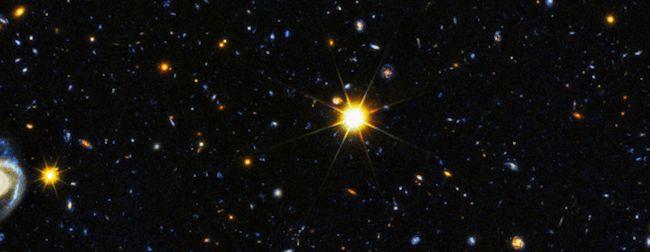 galaksi galaksi jauh di alam semesta kredit teleskop hubble