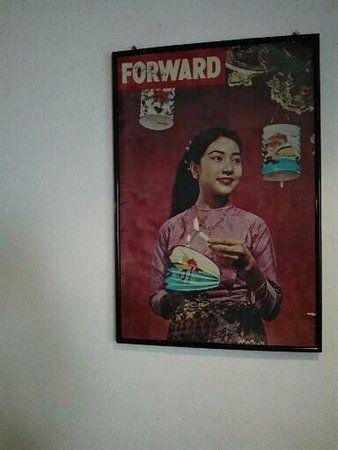 Vintage Poster Berguna Vintage Poster Picture Of Green Gallery Yangon Rangoon