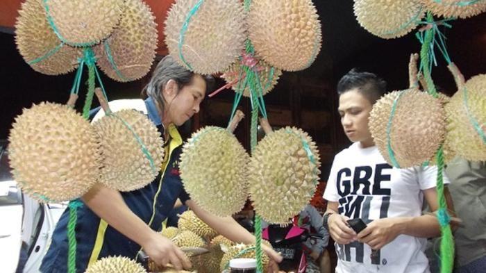 tiga rekomendasi tempat orang jual durian dengan rasa enak di jakarta