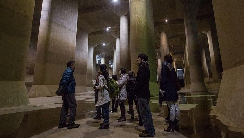 metropolitan area outer underground discharge channel di tokyo jepang getty images