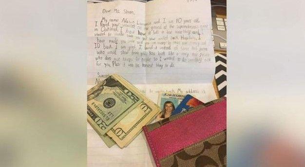 jujur bocah 10 tahun kembalikan dompet seorang wanita yang hilang juru kunci