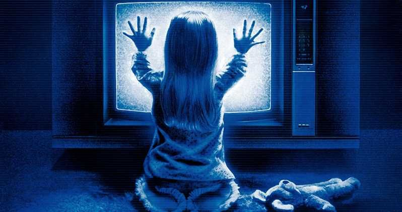 Movie Poster Background Berguna Poltergeist Curse Exposed In New Documentary