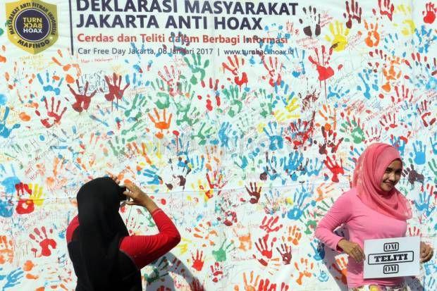 Poster Anti Hoax Power Foto Deklarasi Masyarakat Jakarta Anti Hoax