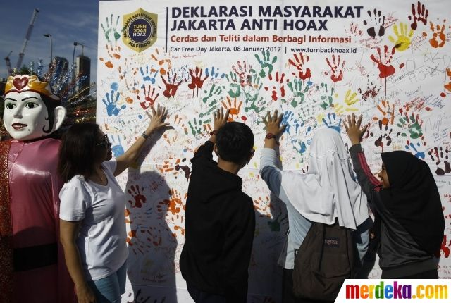 Poster Anti Hoax Power Foto Deklarasi Masyarakat Tanda Tangan Anti Hoax Di Hi Merdeka Com