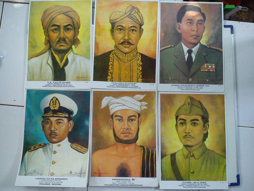 kumpulan poster para pahlawan