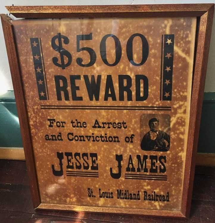 Poster Wanted Berguna Framed 1873 Jesse James Wanted Poster issued by St Louis Midland