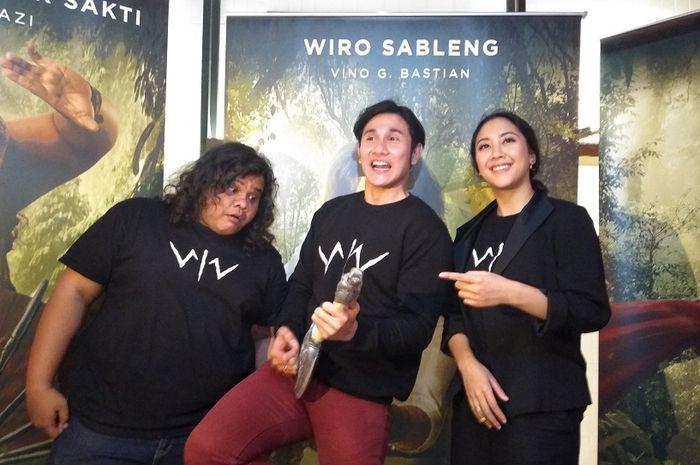 Wiro Sableng Poster Hebat Tiga Poster Pemeran Utama Film Wiro Sableng 212 Resmi Dirilis Grid